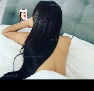 Donya massage sexy escorte